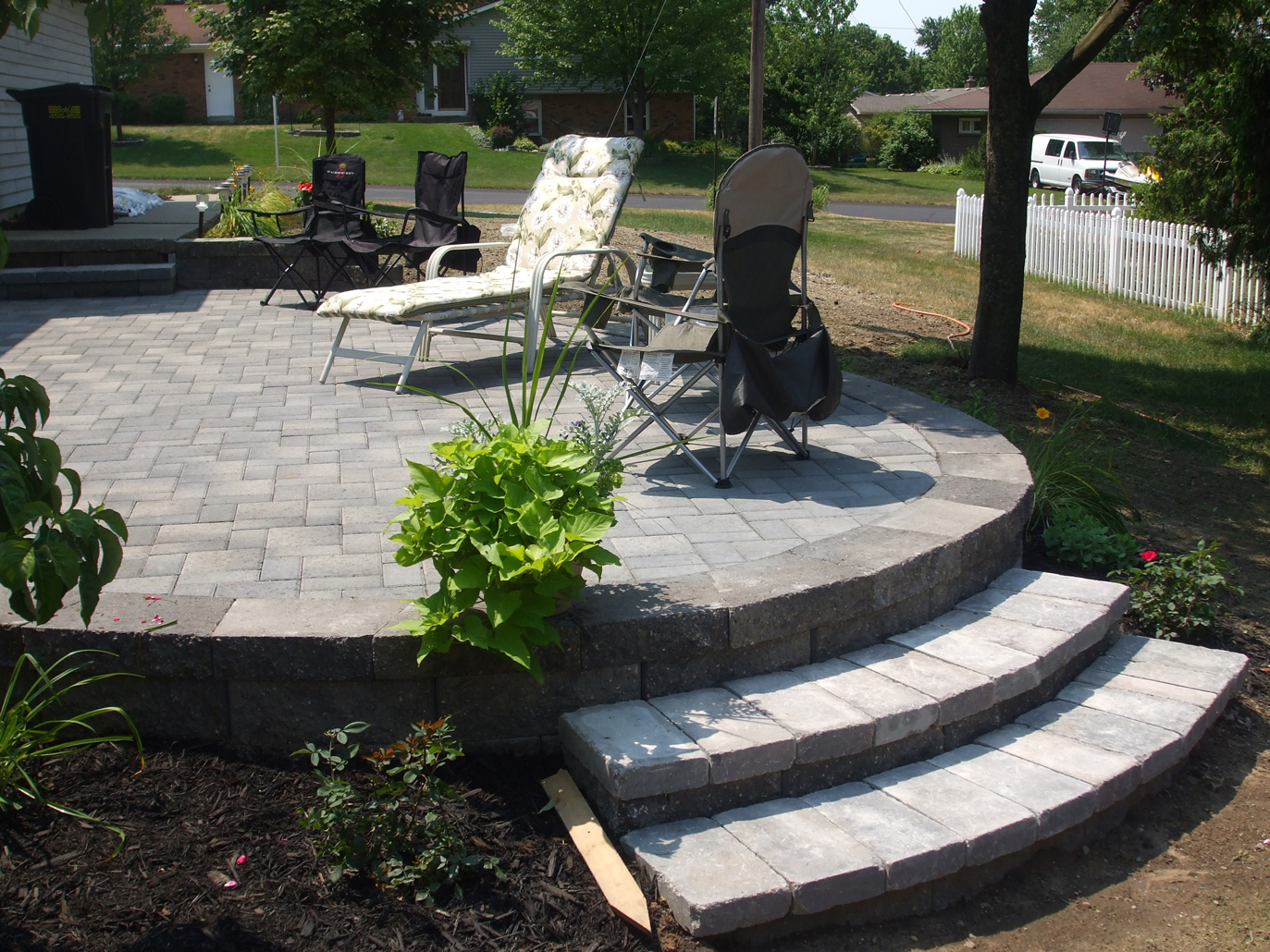 Kloosterman Landscaping Caledonia MIKloosterman Landscaping Caledonia MI